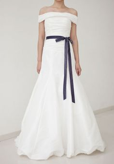 Princess Changeable Shoulder Ruffled Wedding Dress