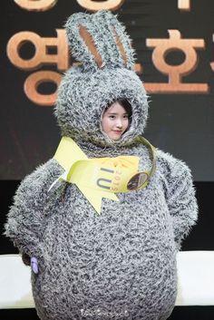 Korean Actresses, Korean Actors, Pretty Korean Girls, K Pop, I Luv U, Brown Eyed Girls, Kdrama Actors, Iu Fashion, Snsd