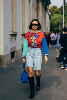 The style crowd may be feeling Fashion Month fatigue, but you'd never know it from their outfits. The street style at Milan Fashion Week continued the nearly Milan Fashion Week Street Style, Spring Street Style, Cool Street Fashion, Fashion 2020, High Fashion, Caroline Issa, Stylish Outfits, Fashion Outfits, Irina Shayk