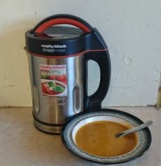 Slimming World Syn Free Spicy Carrot & Lentil Soup Maker Recipe - Tastefully Vikkie Carrot And Lentil Soup, Lentil Soup Recipes, Spicy Carrots, Family Meals, Family Recipes, Syn Free, Old Recipes, Slimming World Recipes, Healthy Options