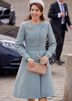 Crown Princess Mary in a new Claes Iversen coat (28/03/2017)