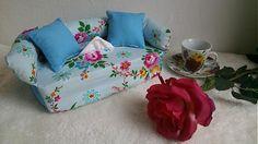 Wesega / Modrý s kvietkami-dekoračný obal na papierové vreckovky Love Seat, Couch, Good Things, Box, Handmade, Furniture, Home Decor, Settee, Snare Drum
