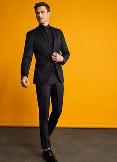 Το κατάστημα «Silenzio» διαθέτει το πλέον οργανωμένο σαλόνι γαμπριάτικου κοστουμιού στη Θεσσαλονίκη. Δείτε περισσότερα στο Gamos Portal! Suits, Style, Fashion, Swag, Moda, Fashion Styles, Suit, Wedding Suits, Fashion Illustrations