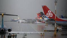 Las fuertes lluvias en Colombia causan cierres de aeropuertos y ... - HSB Noticias