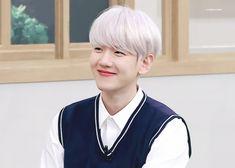Baekhyun Fanart, Chanyeol, Exo Ot12, Chanbaek, Wattpad, Exo Members, Tv Actors, Kpop, Actor Model