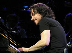 Collection of Yanni photos by Woolfland - Atlantic City Borgata Concert - 4-8-11.