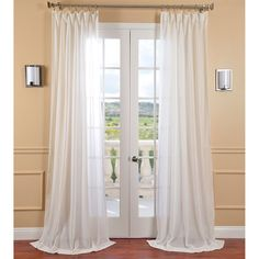 These plain sheer curtains are the one touch that will turn any minimalist decor into a warm, welcoming interior. Made from the very best materials, they filter natural light in a clean and elegant way, adding to the comfort and privacy of your home.