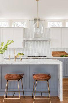 44+ Gray Kitchen Cabinets ( DARK or HEAVY ? ) - Dark, Light & Modern! Kitchen Lighting Design, Kitchen Lighting Fixtures, Interior Design Kitchen, Light Fixtures, Color Interior, Modern Interior, Grey Kitchen Cabinets, Painting Kitchen Cabinets, Kitchen Countertops