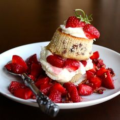 White Chocolate Strawberry shortcake - includes a video too