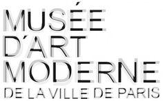 """Nouveau logo Musée Art Moderne Paris. Celui-ci se compose de trois typographiques """"bâton"""" traitées en superposition et en transparence."""