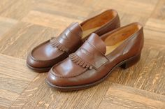 vintage+penny+loafers+for+women | vintage NOS 1940s women's penny loafers - size 5.5 $75.00, via Etsy.
