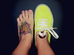 Tatuaje de un corazón con hojas