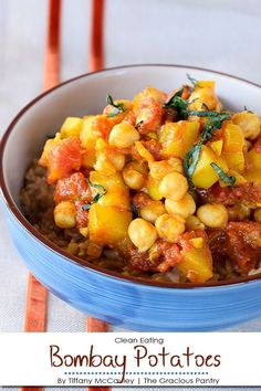clean eating Bombay potatoes are a must for any Indian food lover! Vegaterian Recipes, Potato Recipes, Indian Food Recipes, Cooking Recipes, Healthy Recipes, Healthy Dinners, Dinner Recipes, Crockpot Recipes, Clean Eating Vegetarian