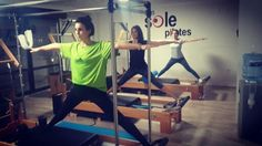 reformer pilates side split adductor:)