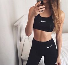Find More at => http://feedproxy.google.com/~r/amazingoutfits/~3/5PGjUVLTaIQ/AmazingOutfits.page