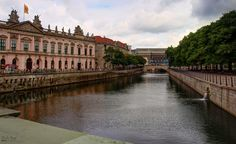 View from Schlossbrücke in Museum Island, overlooking Zeughaus - the oldest structure in this part of Berlin. Erected in the Baroque style building now houses the German Historical Museum. Museum Island, Baroque Fashion, Eccentric, Berlin, Germany, Old Things, Houses, Building, Style