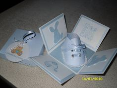 Baby Shoe exploding box by carolewithane - Cards and Paper Crafts at Splitcoaststampers Baby Shower Cards, Baby Cards, Kids Cards, Fun Fold Cards, Pop Up Cards, Baby Scrapbook, Scrapbook Cards, Scrapbooking, Explosion Box Tutorial