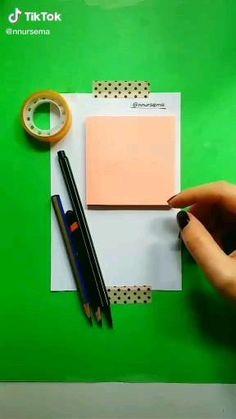 Cool Pencil Drawings, Cute Easy Drawings, Art Drawings Beautiful, Art Drawings Sketches Simple, 3d Art Drawing, Drawing Ideas, Diy Canvas Art, Doodle Art, Diy Art