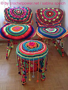 Brighten your day! Crochet Furniture, Stool Covers, Survival Blanket, Crochet Home Decor, Yarn Bombing, Love Crochet, Handicraft, Fun Crafts, Crochet Patterns