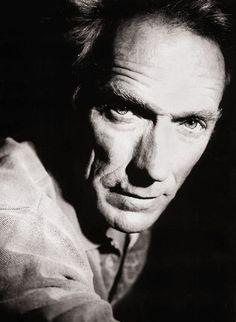 """""""Las opiniones son como los culos. Cada uno tiene el suyo""""  Clint Eastwood"""