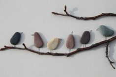 I love these adorable birds on a branch made from smooth stones or pebbles. Such a fun piece of garden art or a fun nature activity for kids. (Kids Wood Crafts Decor)