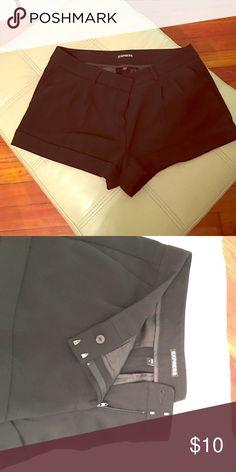 Cute cuffed express shorts EUC Cute dressy shorts Express Shorts