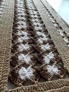 .: Trabalho publicado: Trilho de mesa em crochê