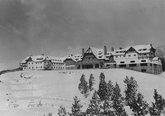 Hotel Llao Llao, Invierno (Col. A. Bustillo en ARCA)