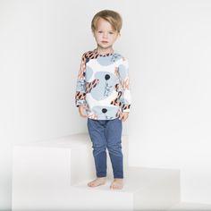 PUPU pusero, vaaleansininen | NOSH verkkokauppa | Tutustu nyt lasten syksyn 2017 mallistoon ja sen uuteen PUPU vaatteisiin. Ihastu myös tuttuihin printteihin uusissa lämpimissä sävyissä. Tilaa omat tuotteesi NOSH vaatekutsuilla, edustajalta tai verkosta >> nosh.fi (This collection is available only in Finland)