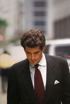 oldfilmsflicker:    Happy Birthday John Fitzgerald Kennedy, Jr.   November 25, 1960 – July 16, 1999