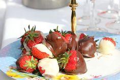 Chocolate Strawberries Oaks House, Chocolate Strawberries, Wedding 2015, Strawberry, Castle, Weddings, Fruit, Food, Wedding
