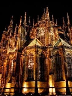 Gorgeous city!!! Amazing architecture & beautiful churches:)