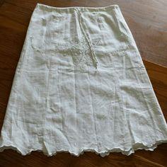 Linen midi skirt Beautiful linen skirt with lining, hidden side zipper, drawstring waist, and pretty scalloped hemline. Richard Malcolm  Skirts A-Line or Full