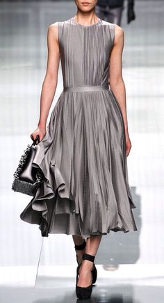 Dior Fall 2012  Lui Wen