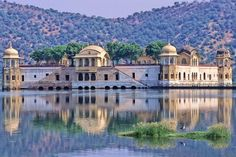 Lake Palace, Jaipur India