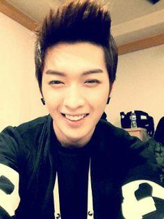 H:eta Kim Sang, Sung Hoon, I Cant Even, Tvxq, Bias Wrecker, Super Junior, Shinee, Kpop, How To Look Better