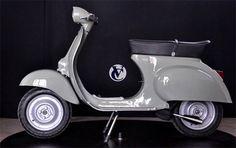 Vespa Roller in Grau Vespa V50, Lambretta Scooter, Vespa Scooters, Vintage Vespa, Vespa Roller, Vespa Smallframe, Small Motorcycles, Mini Bike, Ducati