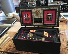 Flag and Certificate Display Case Military Shadow Box, Military Love, Military Gifts, Military Photos, Military Retirement Parties, Retirement Gifts, Retirement Ideas, Diy Locker, Foot Locker