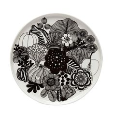 Siirtolapuutarha tallerken rund Ø 20 cm,Hvit/Sort - Marimekko @ Marimekko, Small Plates, Decorative Plates, Beautiful Bouquet Of Flowers, Ceramic Tableware, Ceramic Decor, Black And White Design, Black White, Black Bolt