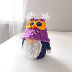 Crochet Fall, Cute Crochet, Crochet Crafts, Crochet Hooks, Crochet Monsters, Halloween Owl, Crochet Dragon, Knitted Dolls, Crochet Patterns Amigurumi