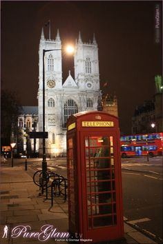 Amazing Westminster Abbey by night - typical red telephone booth in front - London, UK, Great Britain London Eye, Buckingham Palace, London Famous Places, Places To See, Places Ive Been, Hotels, Telephone Booth, True Homes, London Pictures