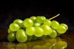 Green grapes de schomik74