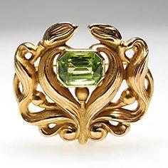 Art Nouveau Gold and Peridot Brooch