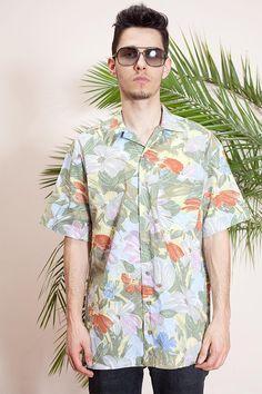 1ff55d2ae3 Summer shirt•Vintage hippie shirt•90s shirt•Short sleeve shirt•Mens vintage  clothing•Abstract print shirt•Mens button up shirt•Collar shirt
