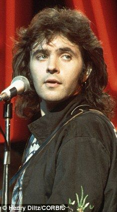 Young David Essex - those eyes!
