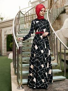 اللباس غير المتماثلة - أسود / أبيض - لوتس Kamacıoğl لل