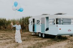 We are in love with Michael and Carlene's latest caravan renovation Dolly – The Block's caravan conversion king's Vintage Campers Trailers, Vintage Caravans, Camper Trailers, Camper Van, Caravan Conversion, Vans Original, Caravan Renovation, Van Living, Camper Makeover