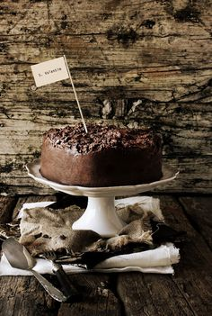 chocOlate cake with truffle frosting