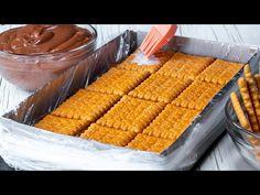 Ελάχιστη προσπάθεια, μέγιστο αποτέλεσμα - η ΤΕΛΕΙΑ συνταγή για το κέικ μπισκότων! - YouTube Biscuits, Perfect Food, Yummy Food, Cookies, Baking, Vegetables, Desserts, Recipes, Cake