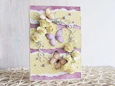 kartka wiosenna z motylami fioletowo żółta